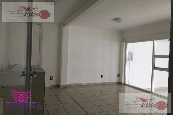 Foto de casa en venta en  , colinas del cimatario, querétaro, querétaro, 8332807 No. 02