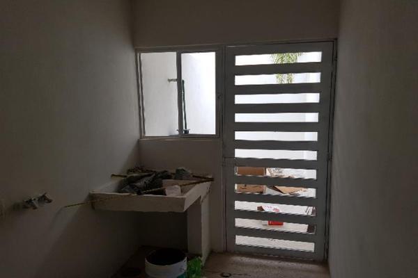 Foto de casa en venta en  , colinas del saltito, durango, durango, 5747923 No. 04