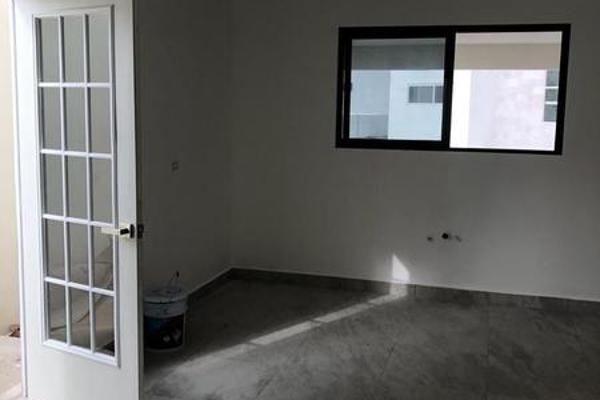 Foto de casa en venta en  , colinas del valle 2 sector, monterrey, nuevo león, 7958446 No. 02