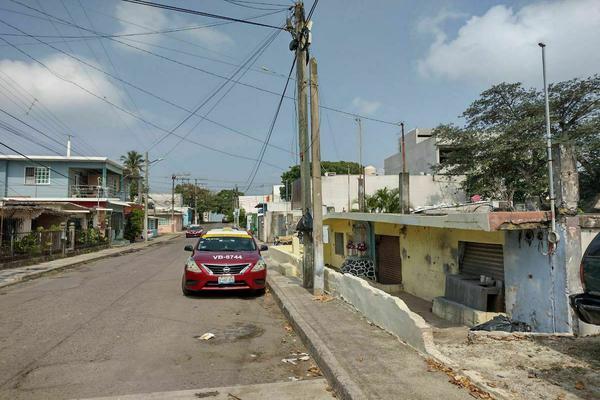 Foto de terreno habitacional en venta en colonia adalberto tejeda s/n , adalberto tejeda, boca del río, veracruz de ignacio de la llave, 0 No. 05