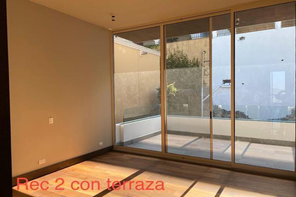 Foto de casa en renta en  , colonial la sierra, san pedro garza garcía, nuevo león, 20064033 No. 02