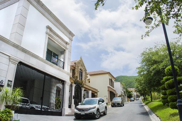 Foto de casa en venta en  , colonial san agustin, san pedro garza garcía, nuevo león, 5398605 No. 01