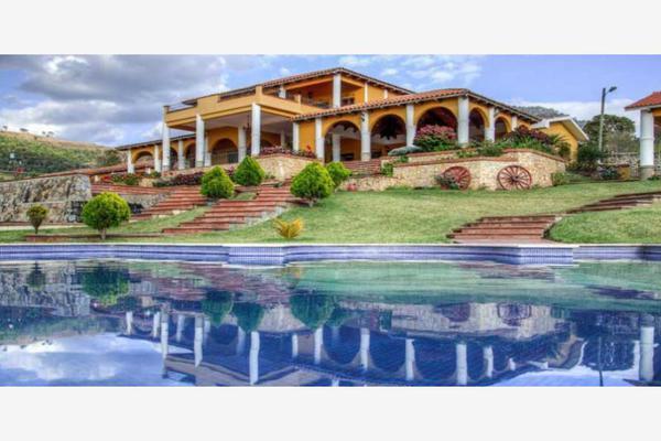 Foto de rancho en venta en  , comala, comala, colima, 5716440 No. 01