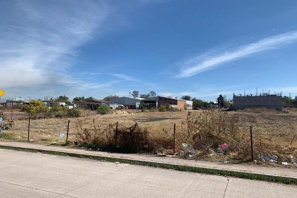 Foto de terreno habitacional en venta en comonfort , ampliación 18 de marzo, salamanca, guanajuato, 13786595 No. 02