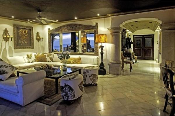 Foto de casa en venta en  , conchas chinas, puerto vallarta, jalisco, 7930763 No. 03