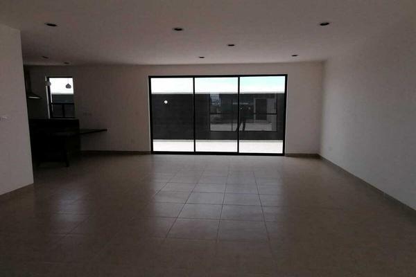Foto de casa en venta en  , condado de la pila, silao, guanajuato, 0 No. 02