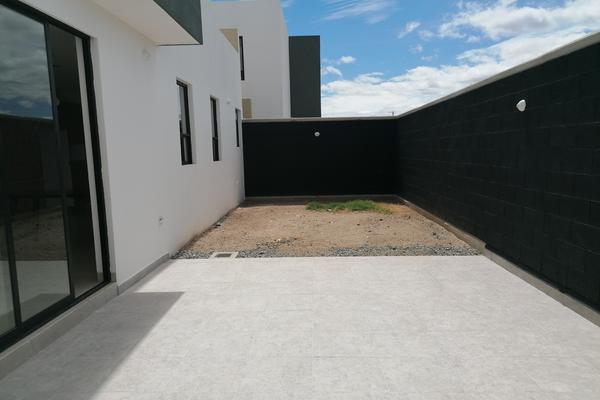 Foto de casa en venta en  , condado de la pila, silao, guanajuato, 0 No. 04