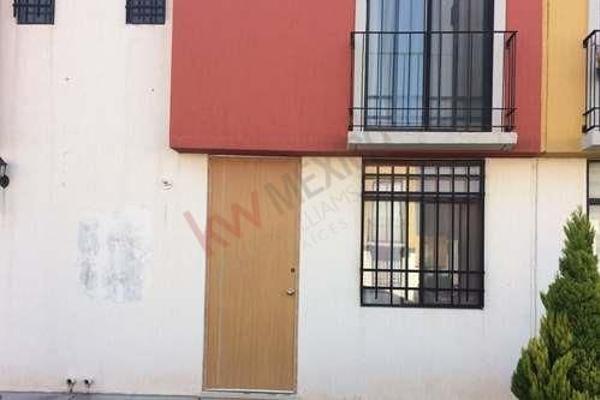Foto de casa en venta en condominio abeto cerrada esmeralda 131 , paseos del pedregal, querétaro, querétaro, 5955299 No. 01