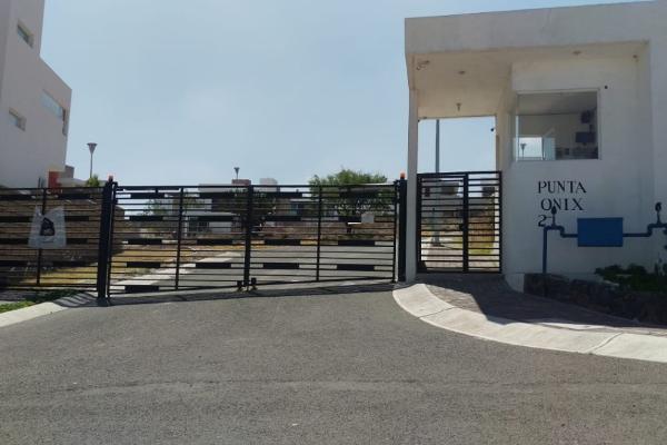 Foto de terreno habitacional en venta en condominio punta onix manzana 1 lote 14 , santa bárbara 2a sección, corregidora, querétaro, 8321146 No. 01