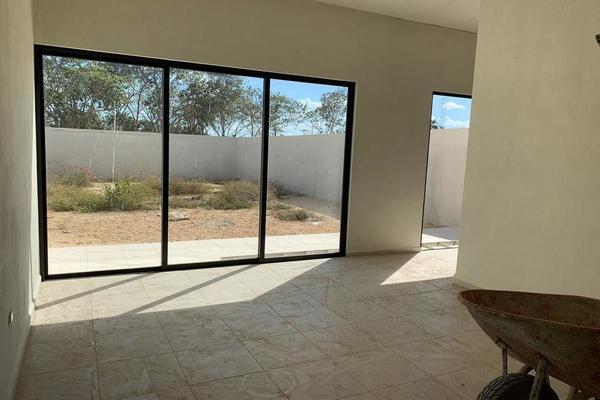 Foto de casa en venta en  , conkal, conkal, yucatán, 14026643 No. 02