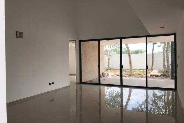 Foto de casa en venta en  , conkal, conkal, yucatán, 14028776 No. 08
