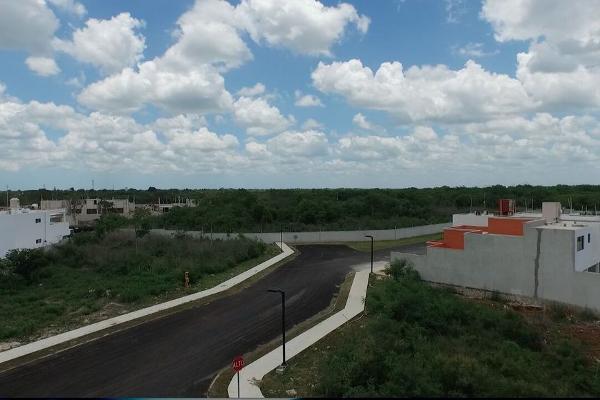 Foto de terreno habitacional en venta en  , conkal, conkal, yucatán, 2635086 No. 02