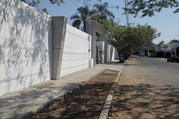 Foto de terreno habitacional en venta en conocida , jardines de cuernavaca, cuernavaca, morelos, 7151659 No. 01