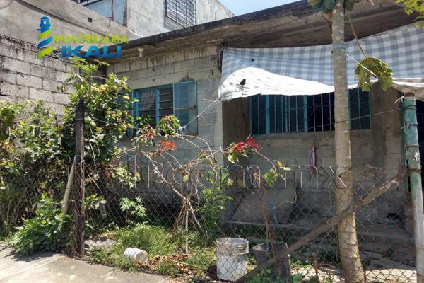 Foto de casa en venta en constitución 2 0 2, obrera, tuxpan, veracruz de ignacio de la llave, 7148863 No. 01