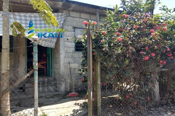 Foto de casa en venta en constitución 2 0 2, obrera, tuxpan, veracruz de ignacio de la llave, 7148863 No. 02