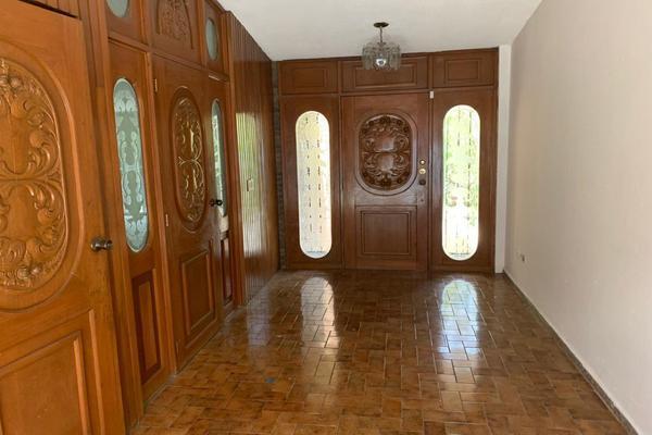 Foto de casa en venta en  , contry, monterrey, nuevo león, 17843973 No. 02