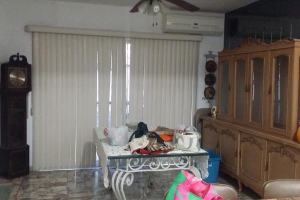 Foto de casa en venta en  , contry, monterrey, nuevo león, 5690009 No. 03