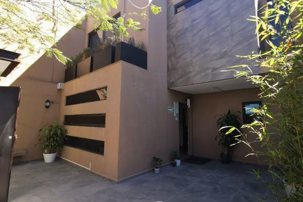 Foto de casa en venta en costa rica , lomas de querétaro, querétaro, querétaro, 14020687 No. 01