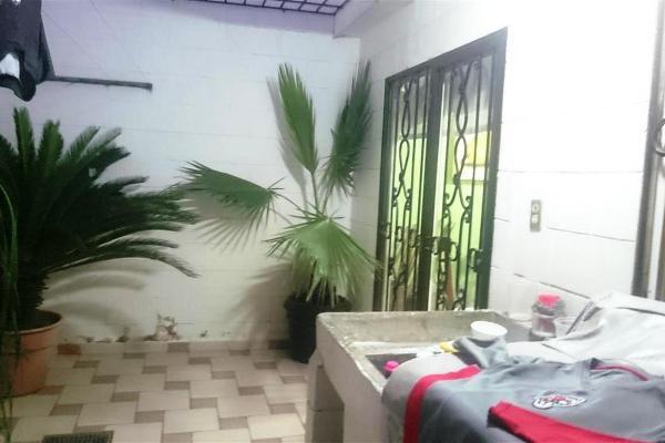 Foto de casa en venta en  , country del río i, culiacán, sinaloa, 8044377 No. 02
