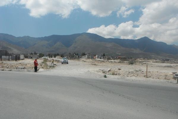 Foto de terreno habitacional en venta en cristobal pereaz , los cerritos, saltillo, coahuila de zaragoza, 3094893 No. 02