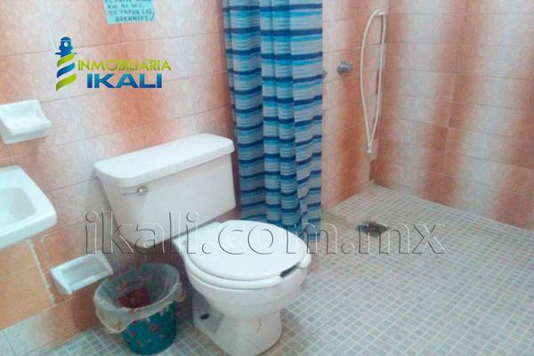 Foto de edificio en venta en cuahuctemoc , burocrática, tuxpan, veracruz de ignacio de la llave, 3681951 No. 15