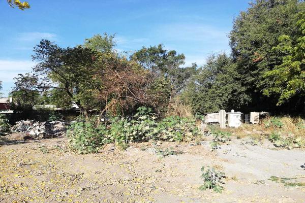 Foto de terreno habitacional en venta en cuauhtemoc 93 a , villa de alvarez centro, villa de álvarez, colima, 19350820 No. 02