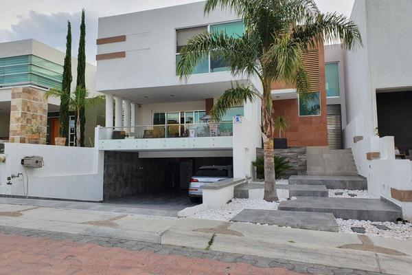 Foto de casa en venta en cumbres de tancitaro , cumbres del cimatario, huimilpan, querétaro, 16480450 No. 01
