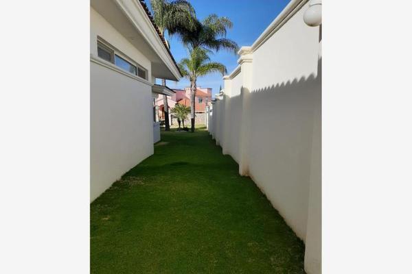 Foto de casa en venta en  , cumbres del campestre, león, guanajuato, 0 No. 03