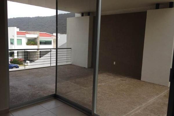 Foto de casa en venta en  , cumbres del cimatario, huimilpan, querétaro, 1005109 No. 02