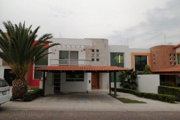 Foto de casa en renta en  , cumbres del lago, querétaro, querétaro, 14034641 No. 01