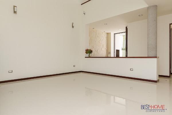 Foto de casa en venta en  , cumbres del lago, querétaro, querétaro, 14035495 No. 03