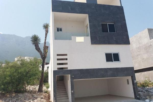 Foto de casa en venta en  , cumbres elite 8vo sector, monterrey, nuevo león, 7956472 No. 01