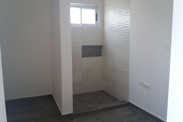 Foto de casa en venta en  , cumbres elite 8vo sector, monterrey, nuevo león, 7956472 No. 02