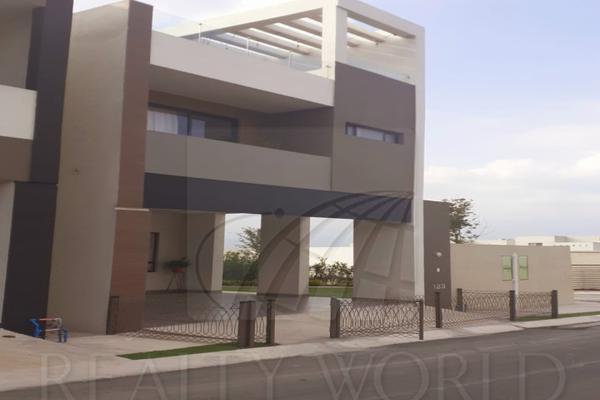 Foto de casa en venta en  , cumbres elite 8vo sector, monterrey, nuevo león, 9215326 No. 01