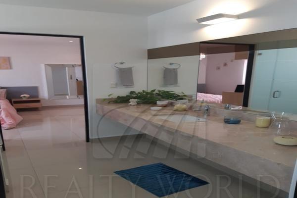 Foto de casa en venta en  , cumbres elite 8vo sector, monterrey, nuevo león, 9215326 No. 02