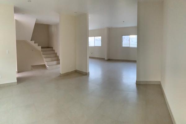 Foto de casa en venta en  , cumbres elite sector villas, monterrey, nuevo león, 20516944 No. 08