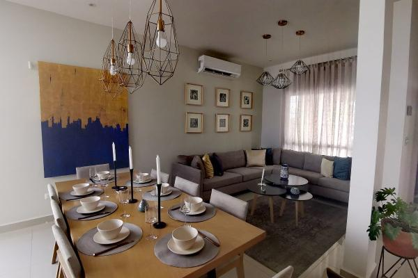 Foto de casa en venta en  , cumbres san agustín 1 sector, monterrey, nuevo león, 0 No. 02