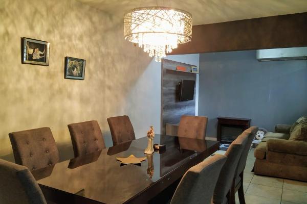 Foto de casa en venta en  , cumbres santa clara 3er sector, monterrey, nuevo león, 8850341 No. 02
