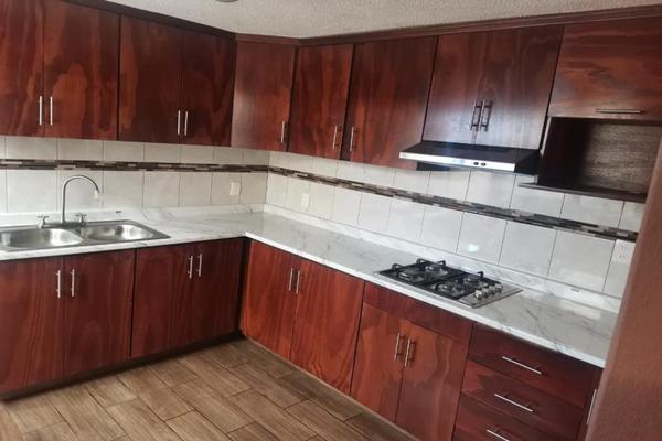 Foto de casa en venta en defensores de guanajuato 152, ampliación mariano jiménez, morelia, michoacán de ocampo, 0 No. 02