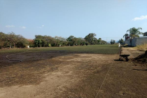 Foto de terreno habitacional en venta en del ejido 100, san miguel acapantzingo, cuernavaca, morelos, 13008273 No. 01