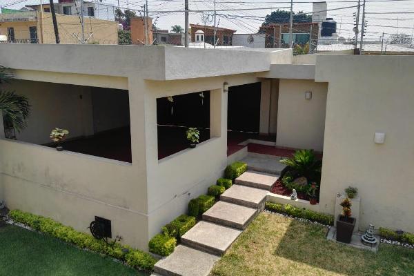 Foto de casa en venta en  , del empleado, cuernavaca, morelos, 8090596 No. 02