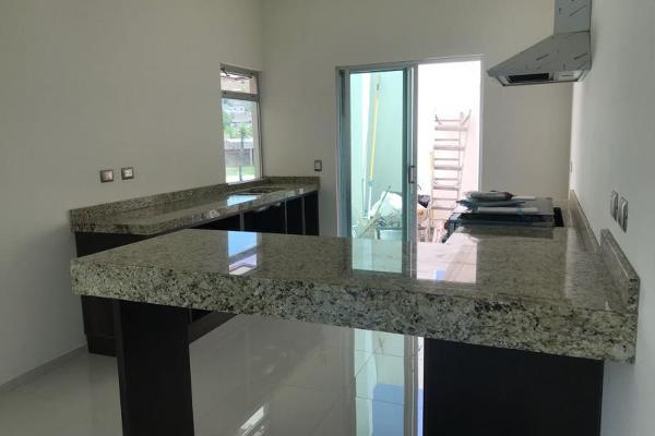 Foto de casa en venta en  , del lago, durango, durango, 5902509 No. 03