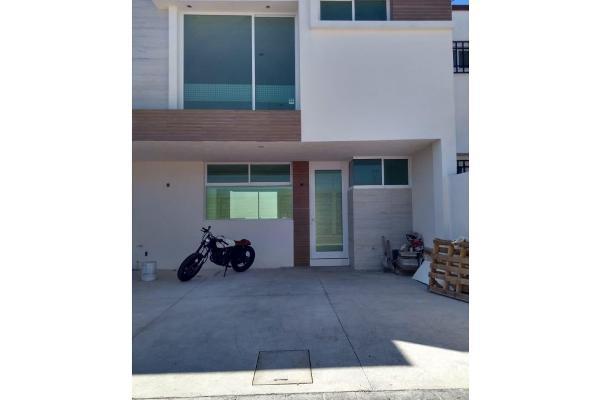 Foto de casa en venta en  , xicoténcatl, tlaxcala, tlaxcala, 6127021 No. 01