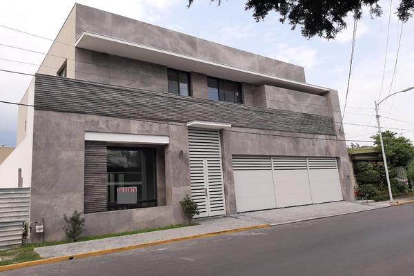 Foto de casa en venta en  , del valle, san pedro garza garcía, nuevo león, 13332521 No. 02