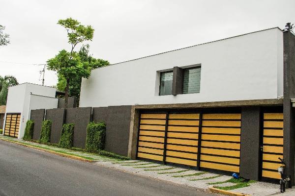 Foto de casa en venta en  , del valle, san pedro garza garcía, nuevo león, 14023853 No. 01