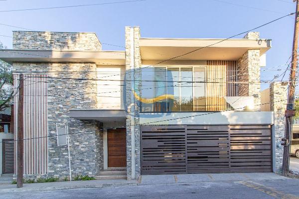 Foto de casa en venta en  , del valle, san pedro garza garcía, nuevo león, 14038070 No. 01