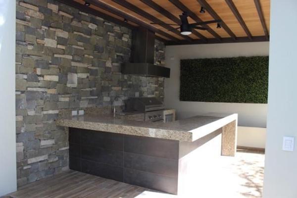 Foto de casa en venta en  , del valle, san pedro garza garcía, nuevo león, 5685439 No. 03