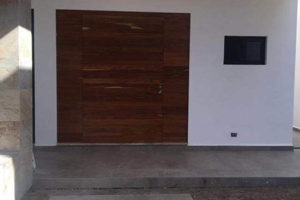 Foto de casa en venta en  , del valle, san pedro garza garcía, nuevo león, 8852745 No. 03