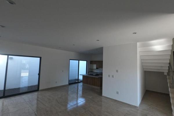 Foto de casa en venta en  , desarrollo habitacional zibata, el marqués, querétaro, 12277656 No. 02