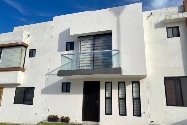Foto de casa en renta en  , desarrollo habitacional zibata, el marqués, querétaro, 14021564 No. 01